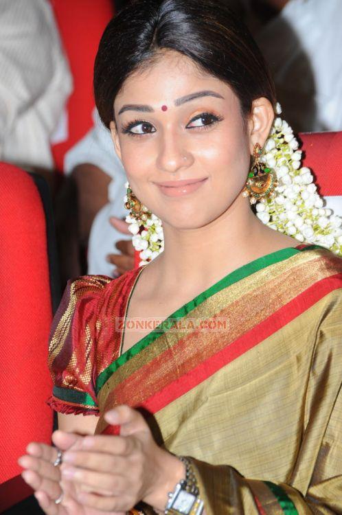 Actress Nayantara 2033