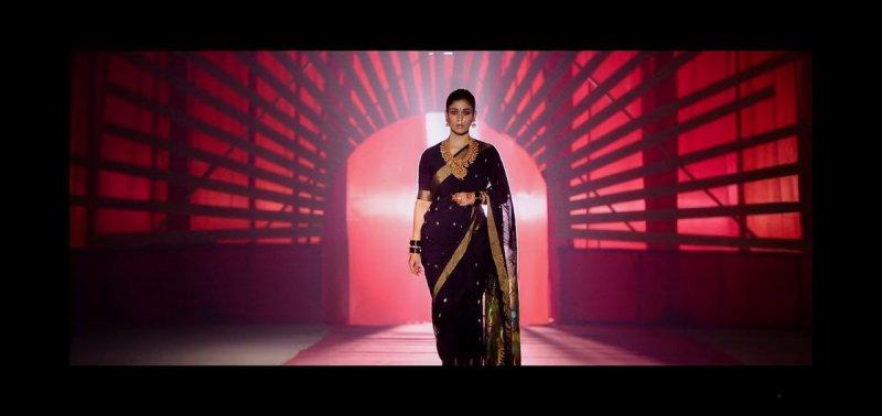 Album Malayalam Heroine Nayanthara 1564