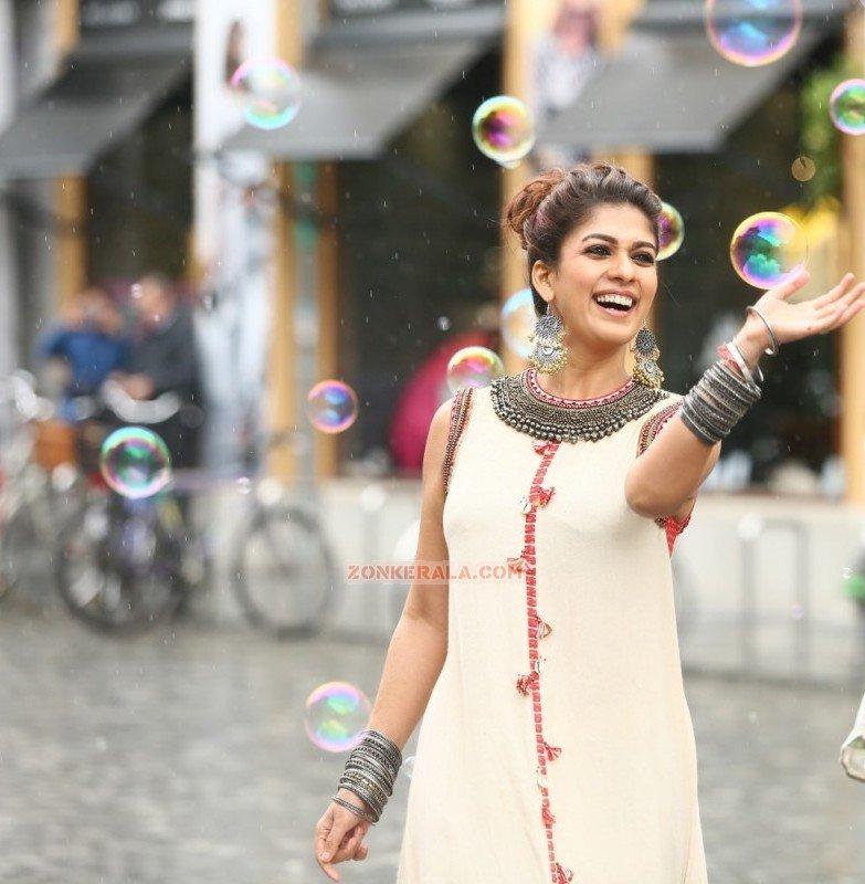 Film Actress Nayanthara Recent Images 7139