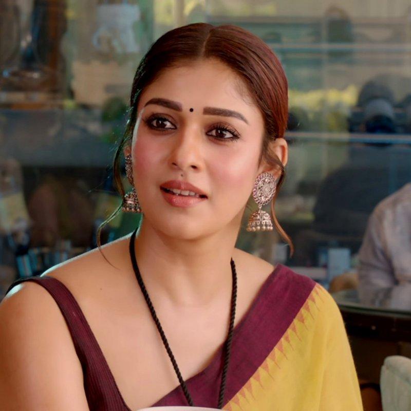 Latest Still Malayalam Actress Nayanthara 2028
