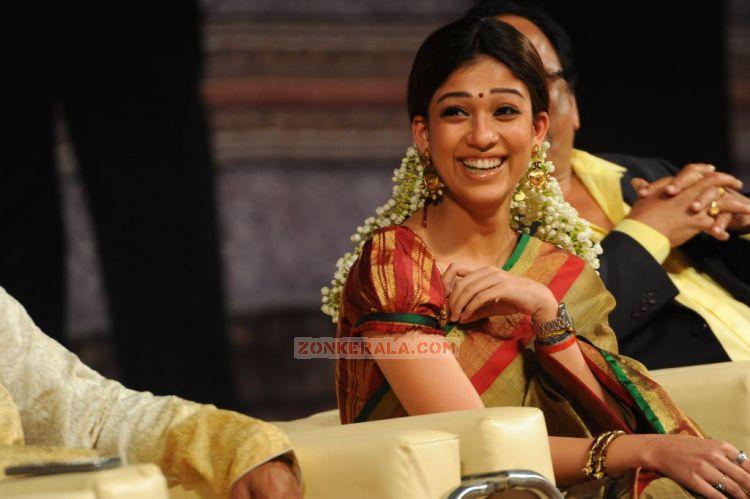 Malayalam Actress Nayantara Stills 2626