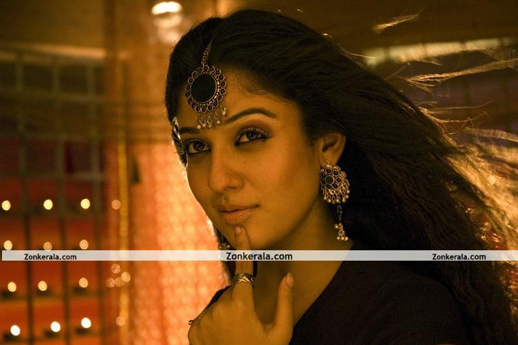 Nayantara Hot Pics 0011