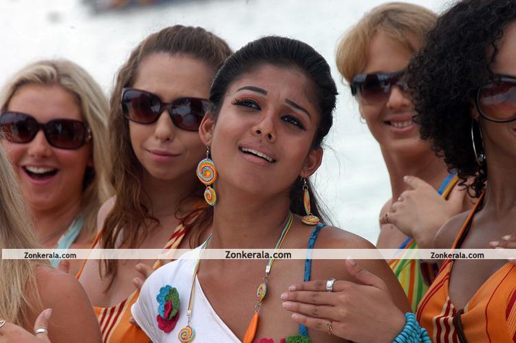 Nayantara Hot Pictures 0010