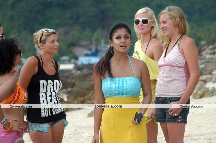 Nayantara Hot Pictures 008