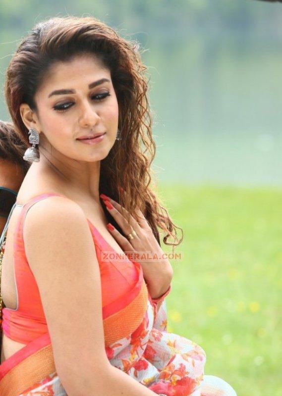 Nayanthara Cinema Actress 2016 Still 360