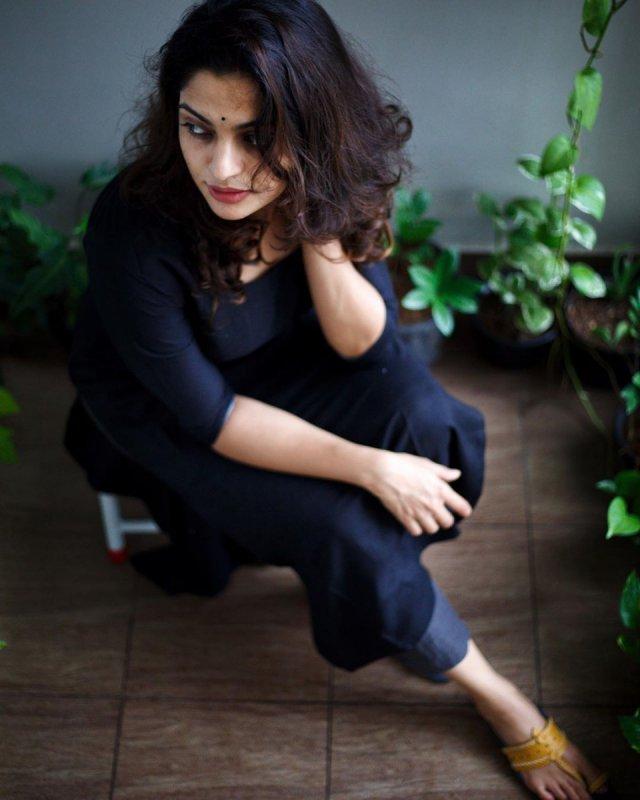 Sep 2020 Pic Malayalam Actress Nikhila Vimal 4309