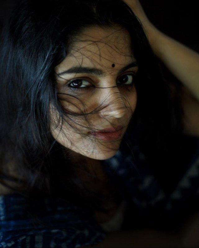 South Actress Nikhila Vimal 2020 Albums 4683