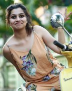 Cinema Actress Niranjana Anoop Wallpapers 4350