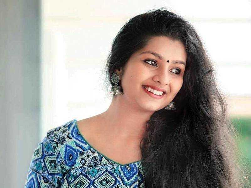 Niranjana Anoop Malayalam Heroine 2019 Stills 5783