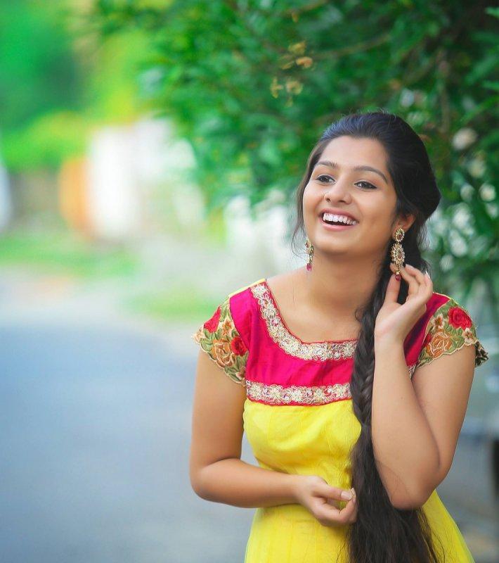 Wallpaper Actress Niranjana Anoop 9137