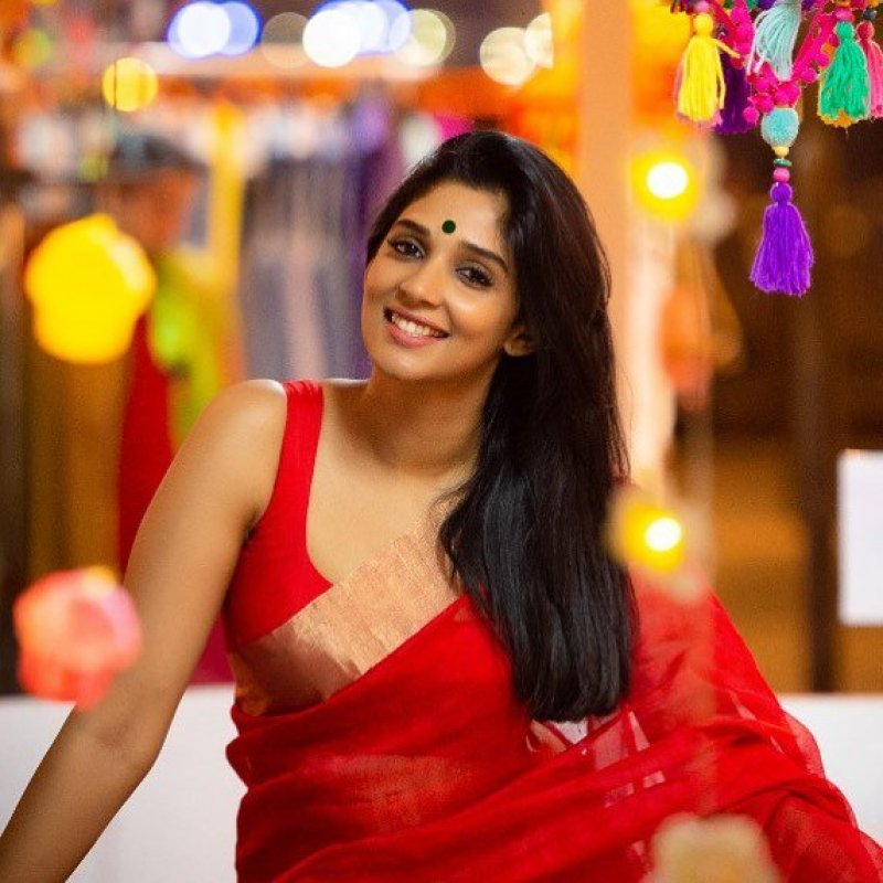 Aug 2019 Images Nyla Usha Movie Actress 910