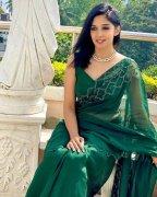 Latest Photo Malayalam Heroine Nyla Usha 9420