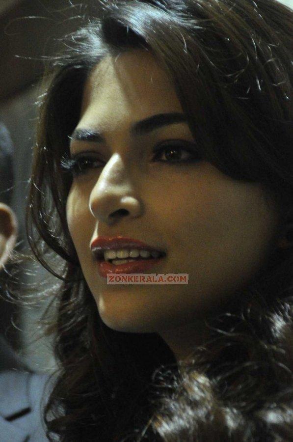 Actress Parvathy Omanakuttan Stills 6235