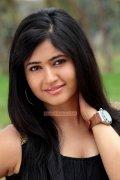 Malayalam Actress Poonam Bajwa 8842