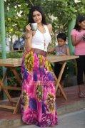New Pictures Poonam Bajwa Film Actress 4440