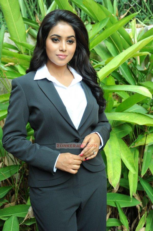 Actress Poorna Stills 533