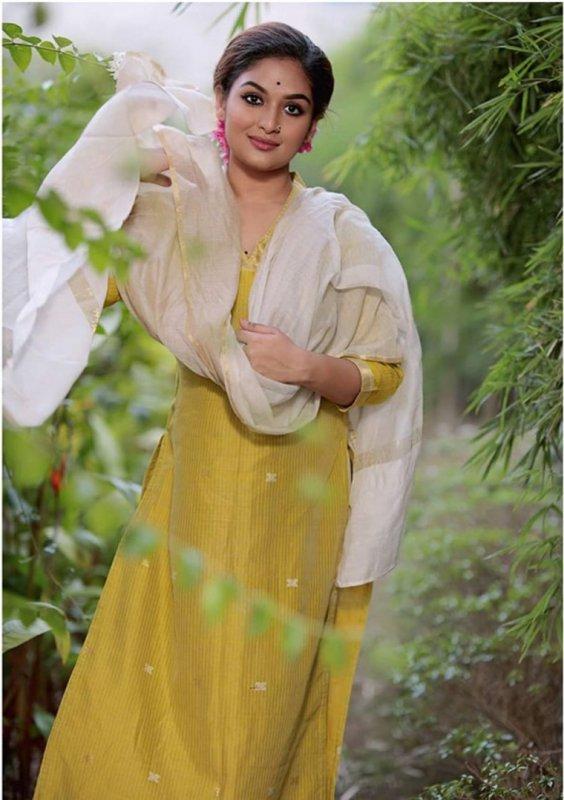 Latest Wallpapers Malayalam Heroine Prayaga Martin 2627