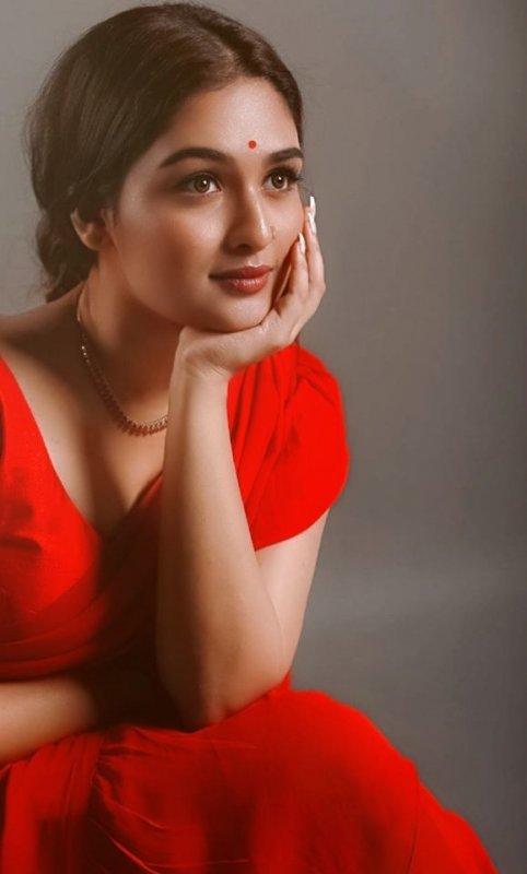 Prayaga Martin Malayalam Heroine Jul 2020 Picture 6035