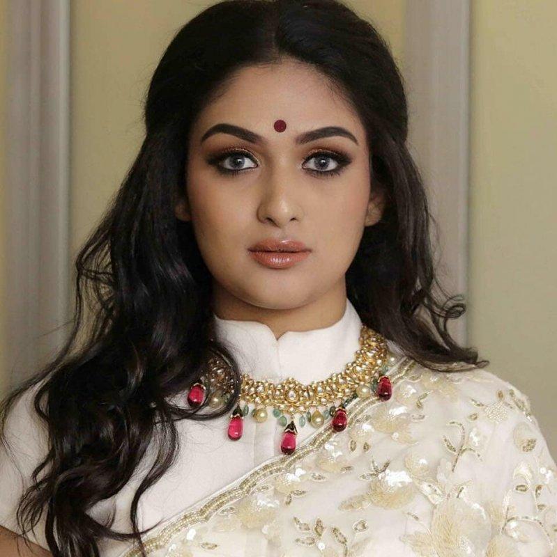 Prayaga Martin Movie Actress New Picture 5093
