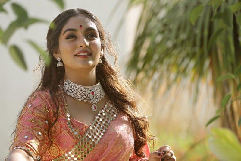 Prayaga Martin South Actress Nov 2019 Pics 7522