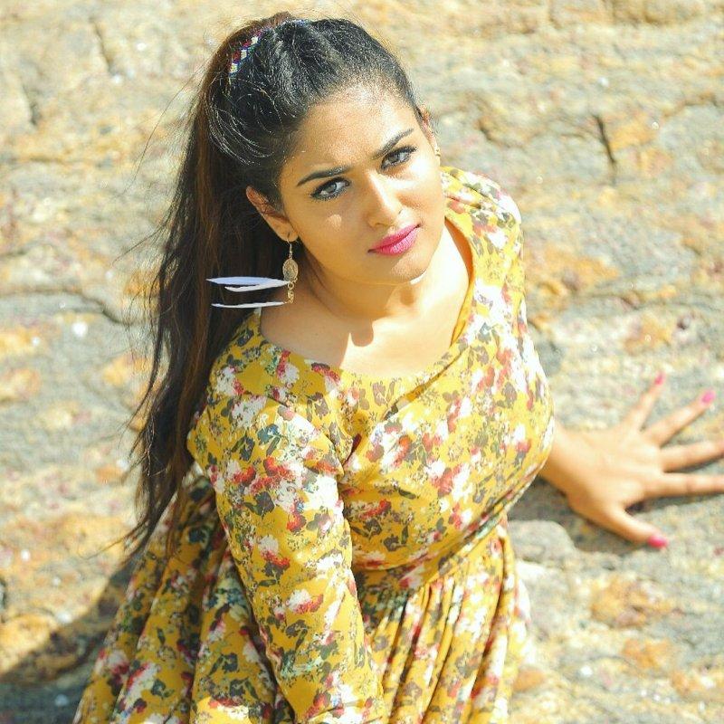 Recent Picture Malayalam Heroine Prayaga Martin 4802