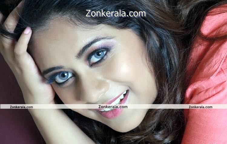 Actress Priya Lal 3