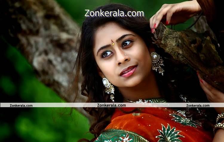 Actress Priya Lal 9