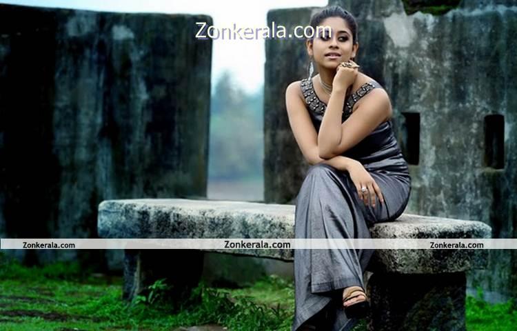 Actress Priya Lal Photo 3