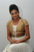 Actress Priyamani 3534