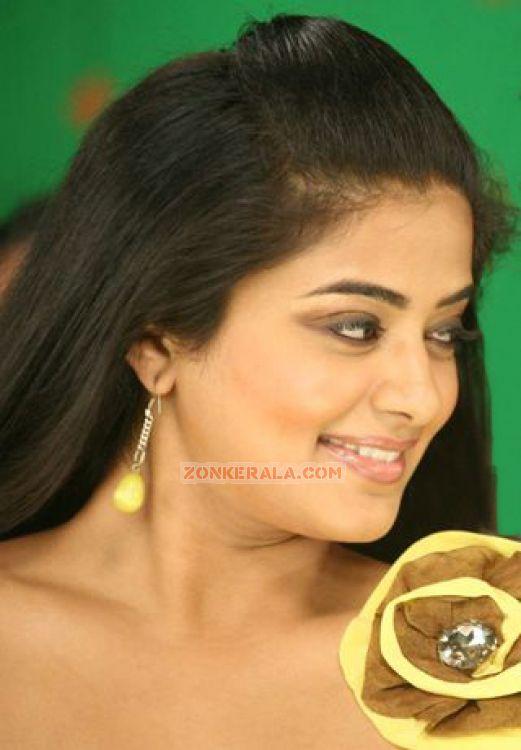 Actress Priyamani 5151