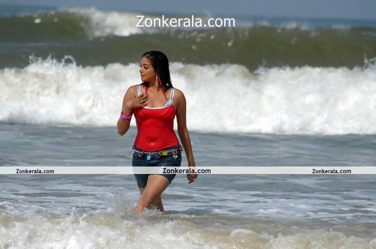 Actress Priyamani Beach Photo 3