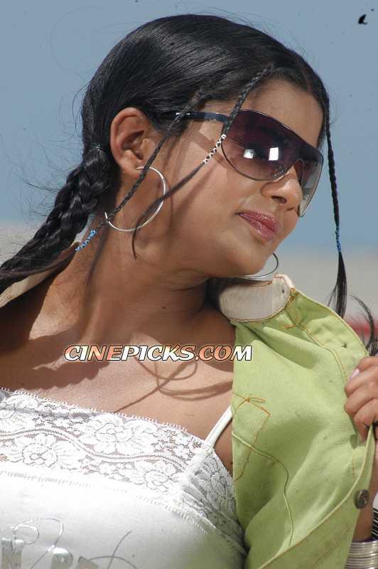 Actress Priyamani Photo