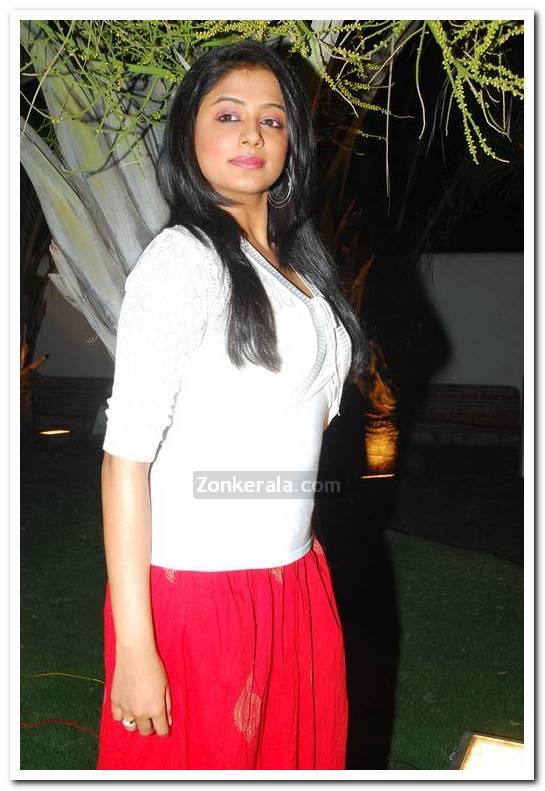 Actress Priyamani Pictures 10