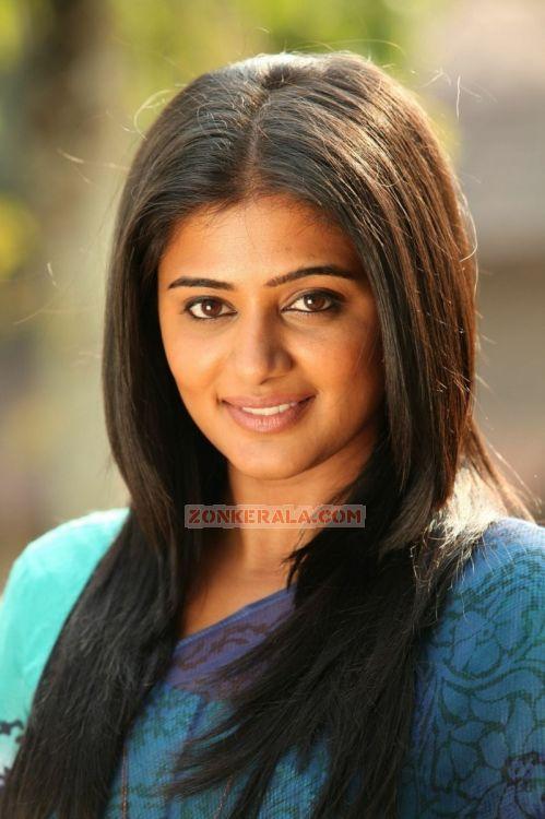 Actress Priyamani Stills 7189