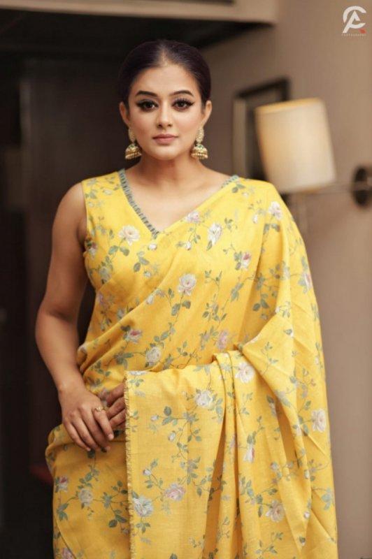 Latest Photo South Actress Priyamani 6464