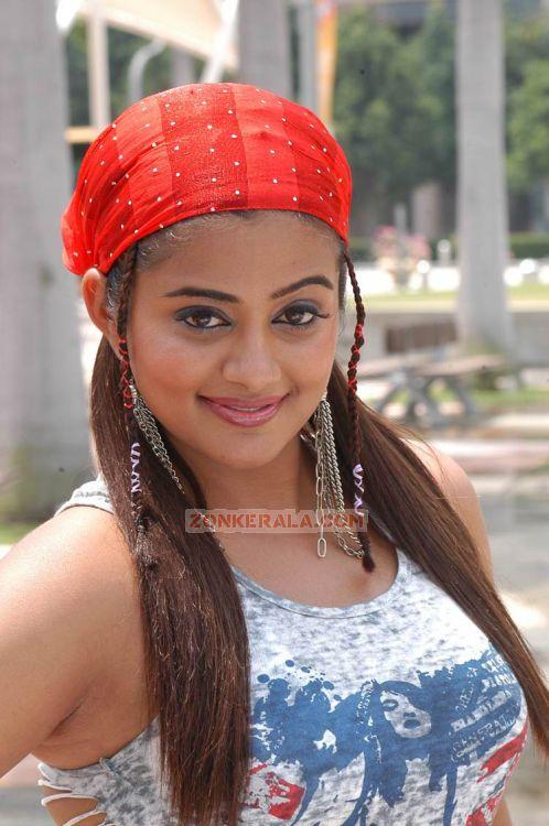 Priyamani Image 634