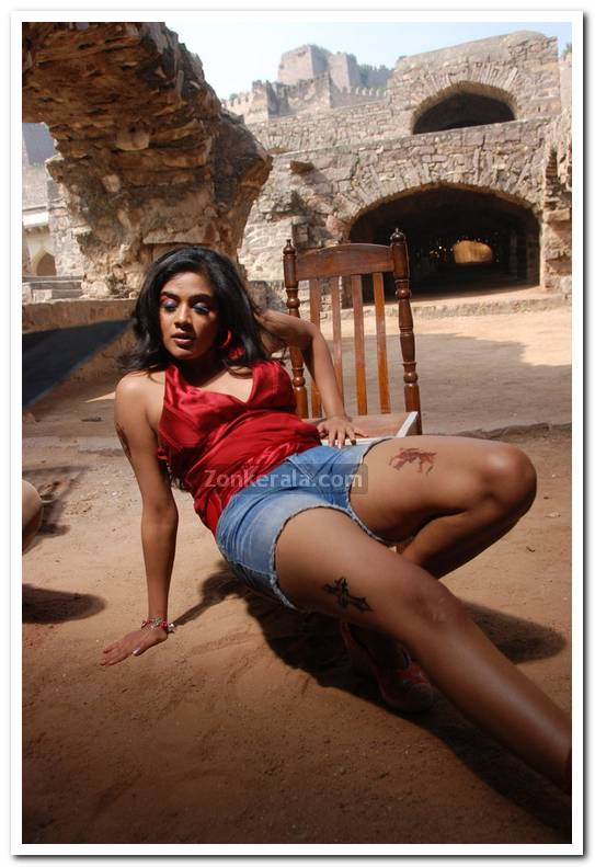 Priyamani New Photos 8
