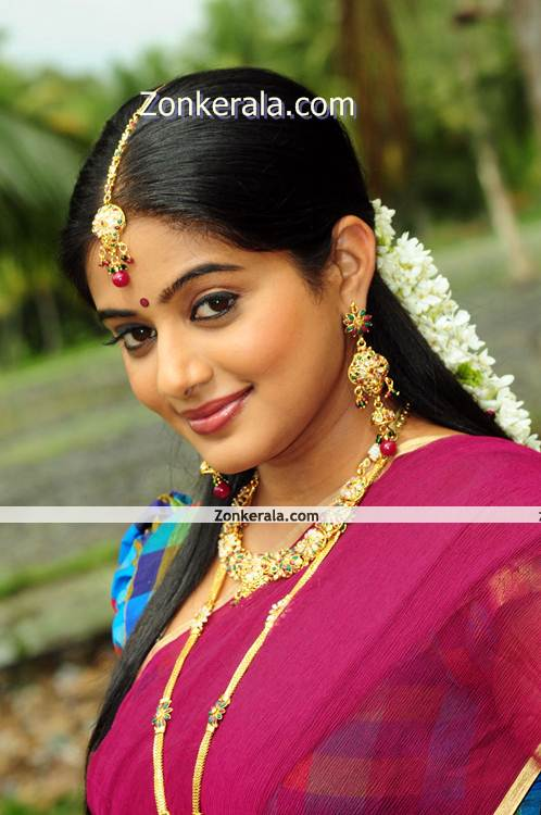 Priyamani New Picture005