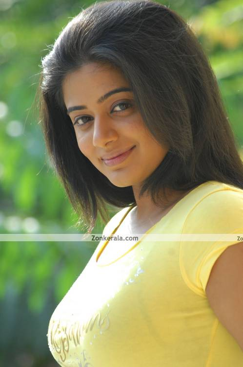 Priyamani New Pictures 12