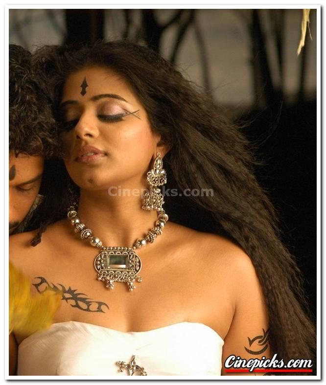 Priyamani Picture 5