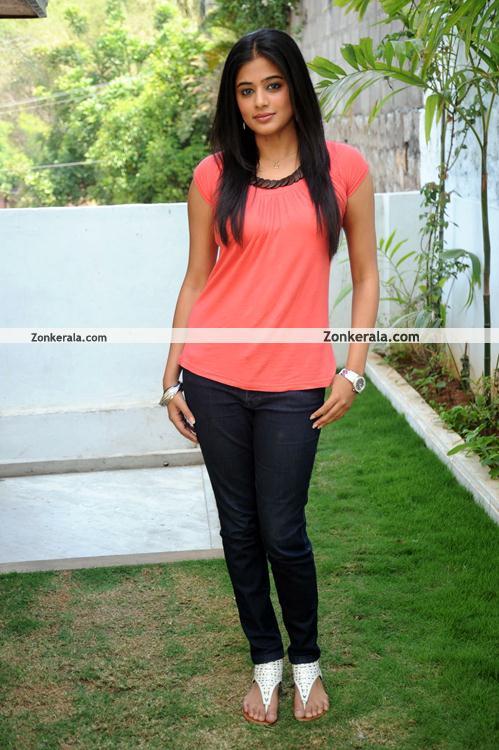 Priyamani Pictures 02