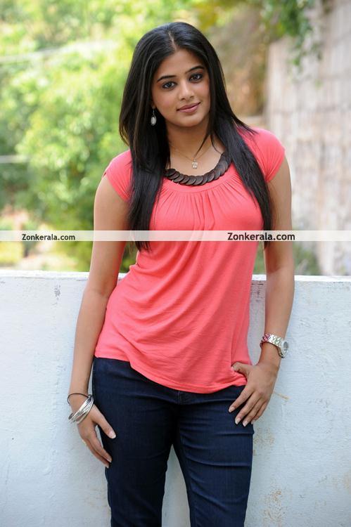 Priyamani Pictures 05