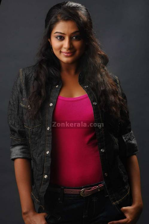 Priyamani Spicy Picture6
