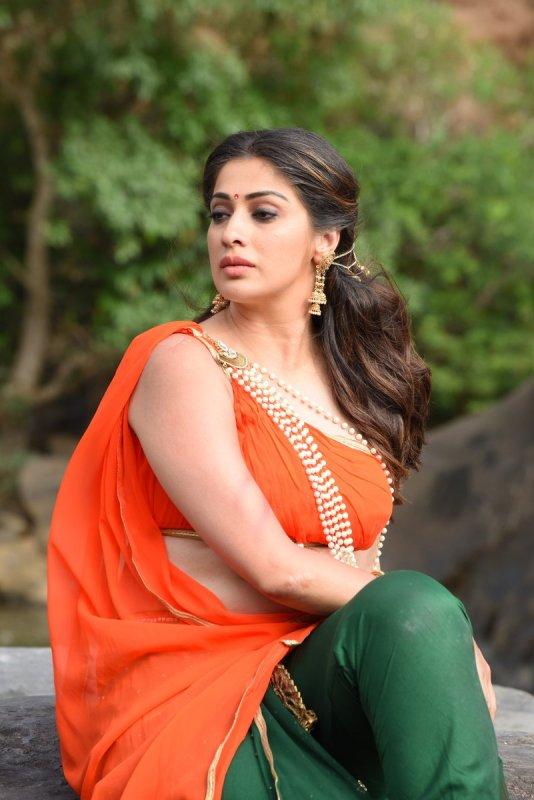 New Stills Actress Raai Laxmi 5852