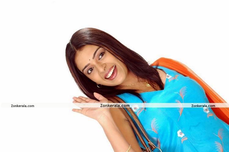 Actress Radhika New Pictures3