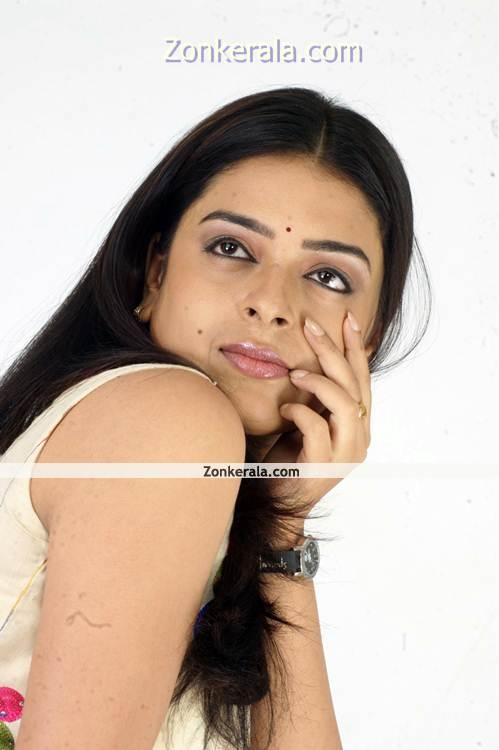 Radhika New Pictures11