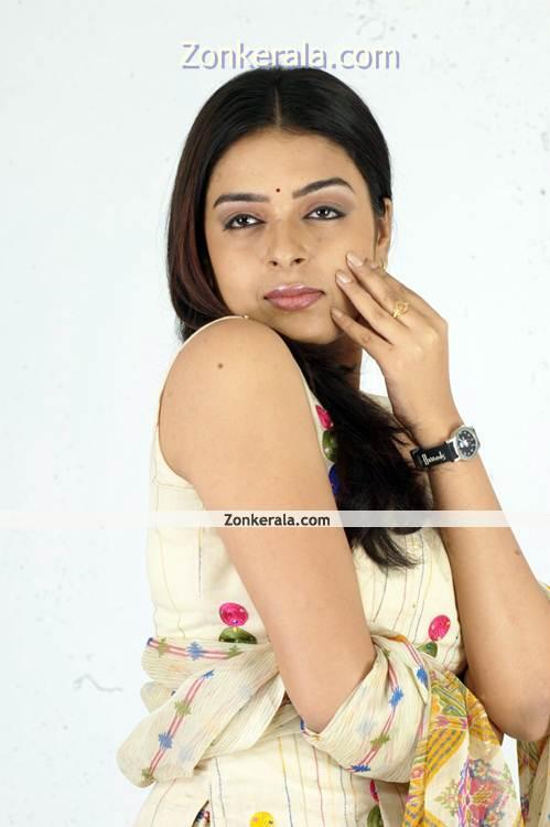 Radhika New Pictures12