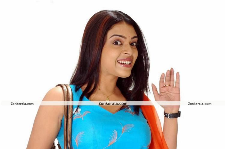 Radhika New Pictures3