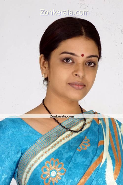 Radhika New Pictures8