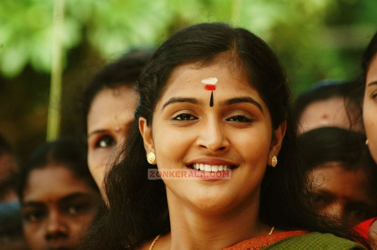 Actress Remya Nambeesan 7133